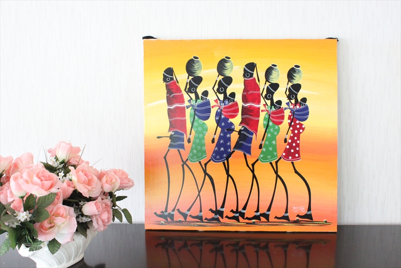 【即納・ティンガティンガ生原画】サランゲ<SARANGE>の「マサイ」大きめ60x60cm木枠張り・カンと紐つきでスグ飾れます バックカラー:だいだい色