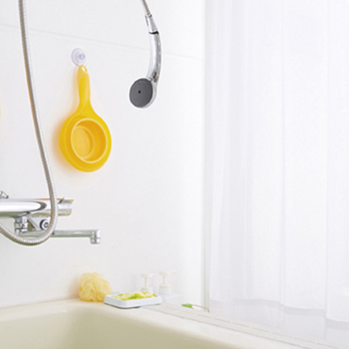 Put a soft pail bath; a folding bucket silicon bucket