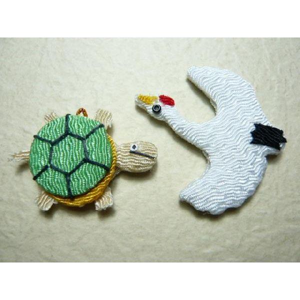 ちりめん正月飾り メール便対応  お正月飾り ちりめん細工 鶴 亀 1個 和の伝統を楽しむ 伝統工芸の 縁起物で新年を祝う