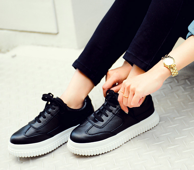 Fabulous FashionLetter | Rakuten Global Market: Sneakers Lady's black and  ZN43