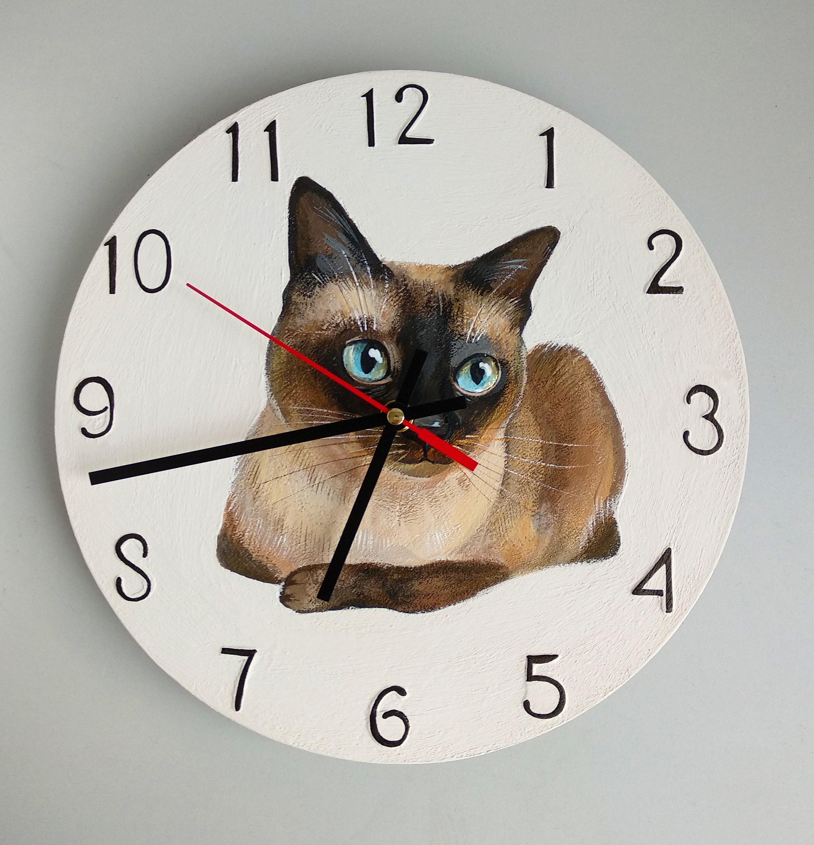 シャム猫がデザインされたかわいい掛け時計です AL完売しました 猫 シャム猫 掛け時計 壁掛け 新作からSALEアイテム等お得な商品 満載 時計 インテリア 雑貨 個性的 グッズ 猫雑貨 プレゼント 木製 猫グッズ