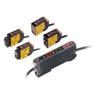 オムロン E3C-LD11 2M デジタルアンプ分離光電センサ(レーザタイプ) センサヘッド 拡散反射形 検出距離30~700mm 入光時ON/遮光時ON(切替式)コネクタ中継タイプ(2m) ビーム形状 スポット(可変)