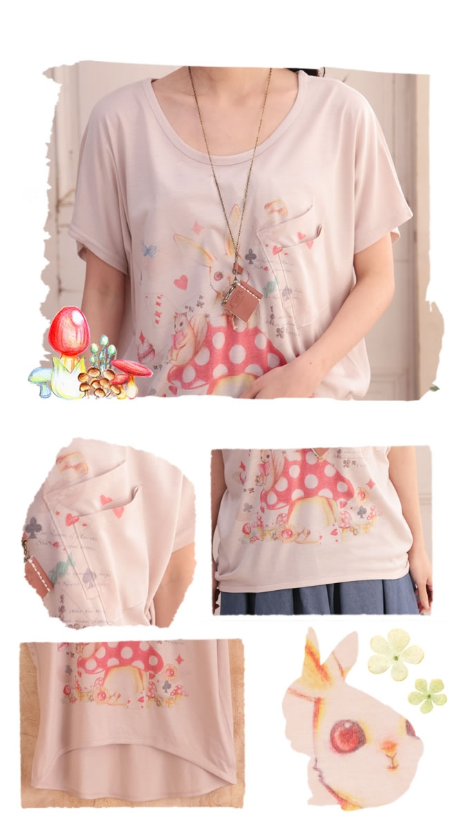 .* ゜ Favorite designer freehand drawing illustration * print dolman cut-and-sew ゜ +. which is attracted in the world of the children's story which a cut-and-sew short sleeves dolman ~13 *Favorite original * rabbit is at a loss, and was crowded