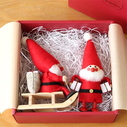 オリジナル2体セット 2体セット おしゃれ 限定 ハンドメイド X'mas 置物 クリスマスグッズ プレゼント 飾り 北欧雑貨 北欧インテリア BOX入り × ノルディカニッセ 人形 雑貨 国内在庫 木製 NORDIKA ラッピング無料 そりに乗ったサンタ 北欧 欲張りサンタ クリスマス クリアランスsale 期間限定 nisse