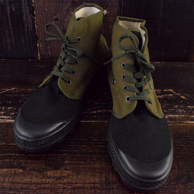 ポーランド軍 Training Shoes 26.5cm ポーランド軍 ミリタリー トレーニングシューズ スニーカー 靴  【古着】 【ヴィンテージ】 【中古】 【メンズ店】