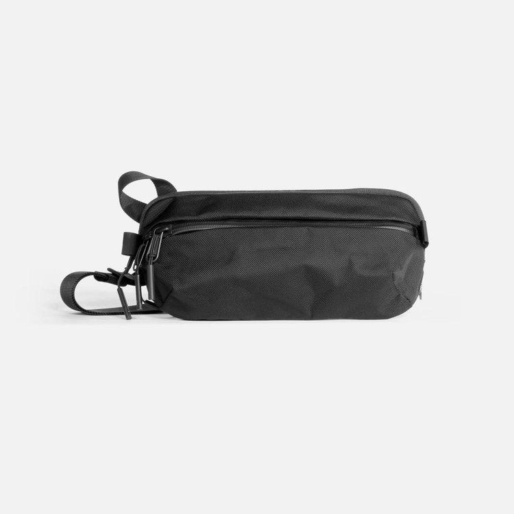 Aer Day Sling 2 (Black) AER-21009 エアー デイスリング cordura コーデュラ バリスティックナイロン スリングバッグ スリング bag バッグ ユニセックス 男女兼用 メンズ 送料無料