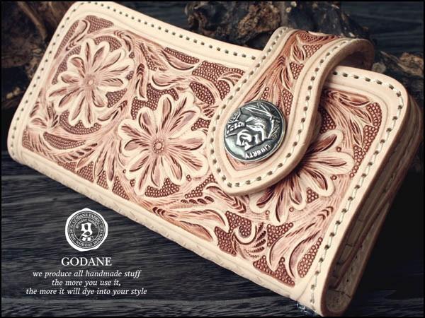 「39ショップ」【GODANE】(ゴダン)フルカービング牛革財布 シルバーコンチョ付