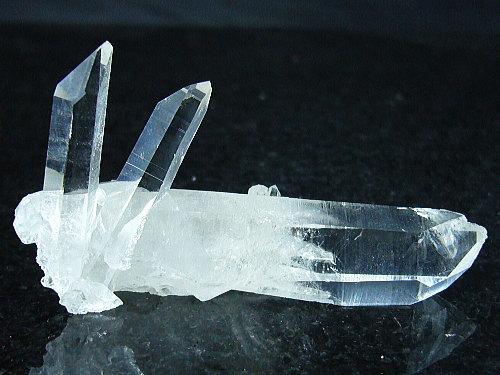 「39ショップ」[希少=V字]アーカンソー水晶クラスター/パワーストーン(メンテナンス)用/22g/1点もの