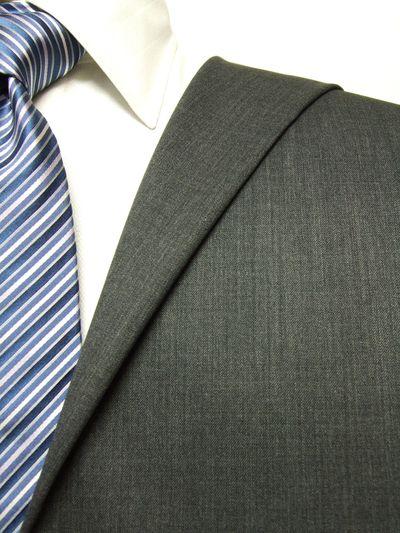 ファーストコレクション グレー系 無地 オーダースーツ 秋冬用素材 ウール50% ポリ50% 97422-55
