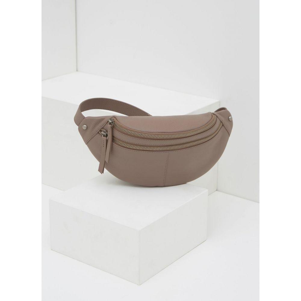ミルトン ベルベット Mint Velvet レディース バッグ ボディバッグ・ウエストポーチ【Fiona Blush Leather Zip Bumbag】light pink