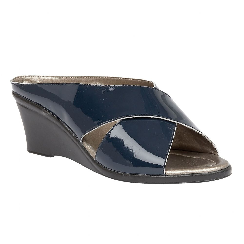 ロータス Lotus レディース シューズ・靴 サンダル・ミュール【Trino Casual Sandals】french navy