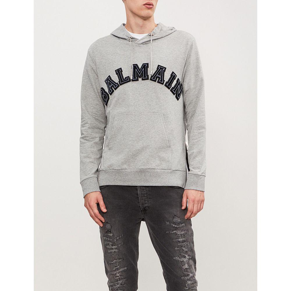 バルマン balmain メンズ トップス パーカー【logo-appliqued cotton-jersey hoody】Gris clair