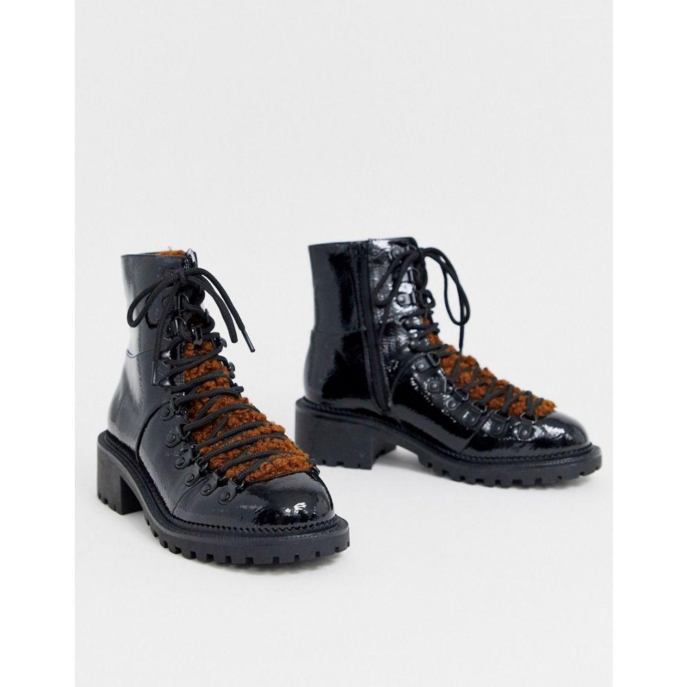 エイソス ASOS DESIGN レディース ハイキング・登山 シアリング ブーツ シューズ・靴【amsterdam shearling hiker boots】Black patent/tan