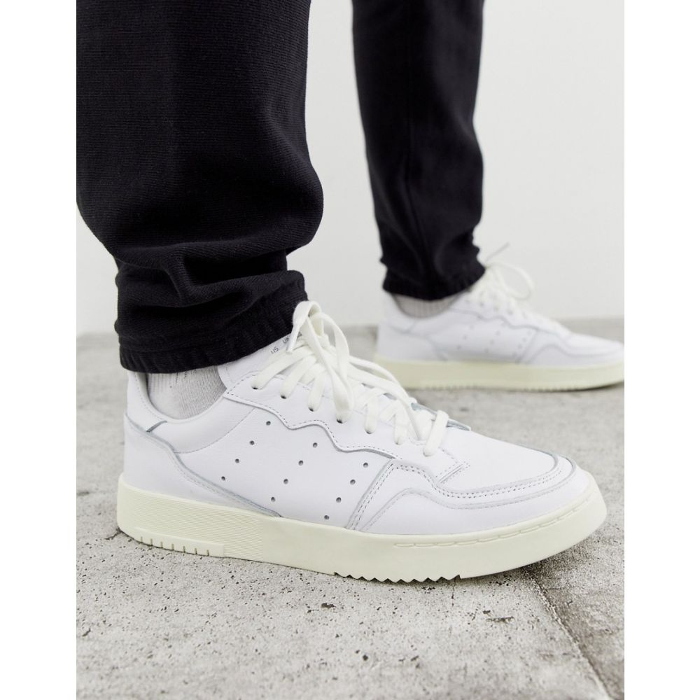 アディダス adidas Originals メンズ スニーカー シューズ・靴【SuperCourt trainers in white x home of classics edition】White