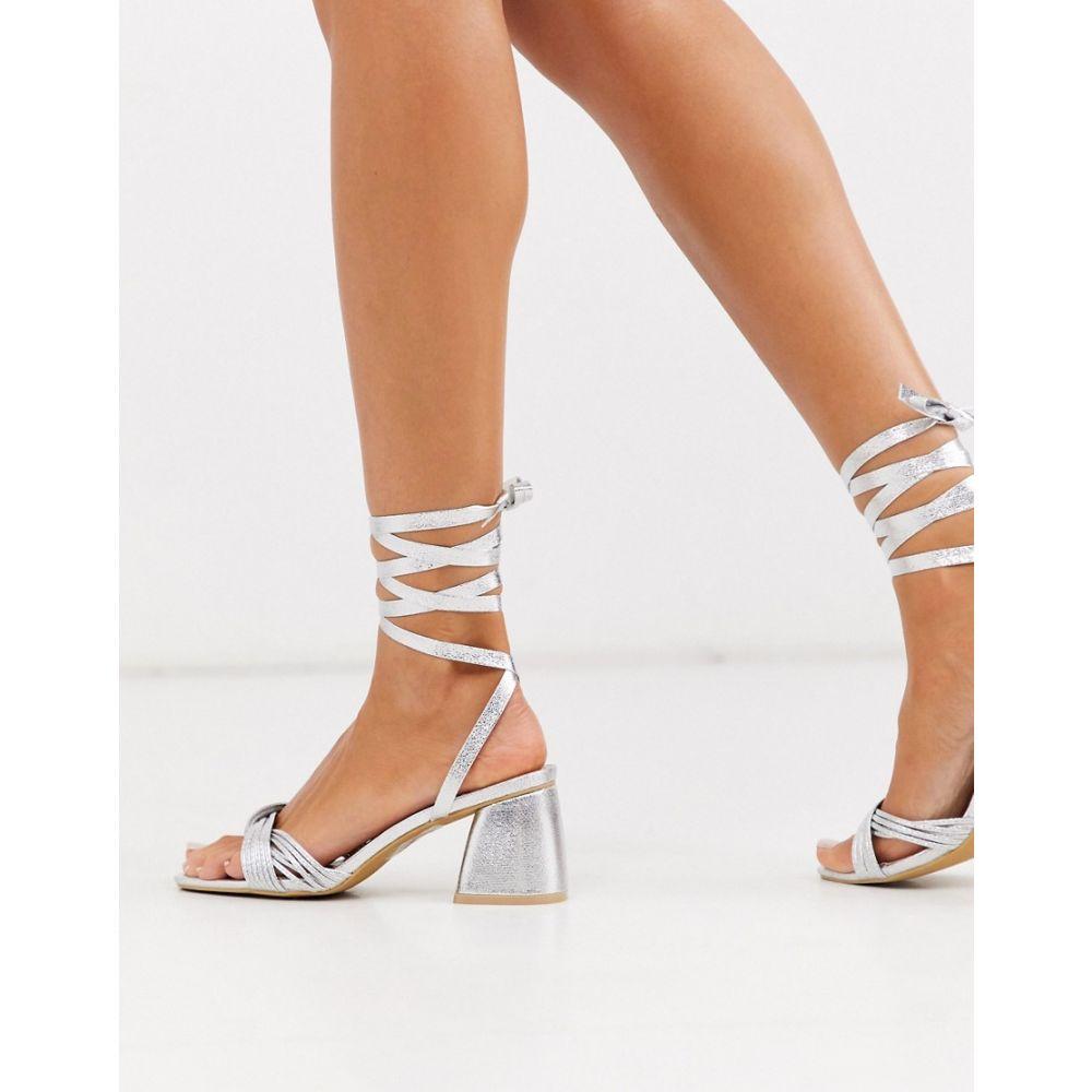 グラマラス Glamorous レディース サンダル・ミュール シューズ・靴【block heeled sandals with ankle tie in silver】Silver