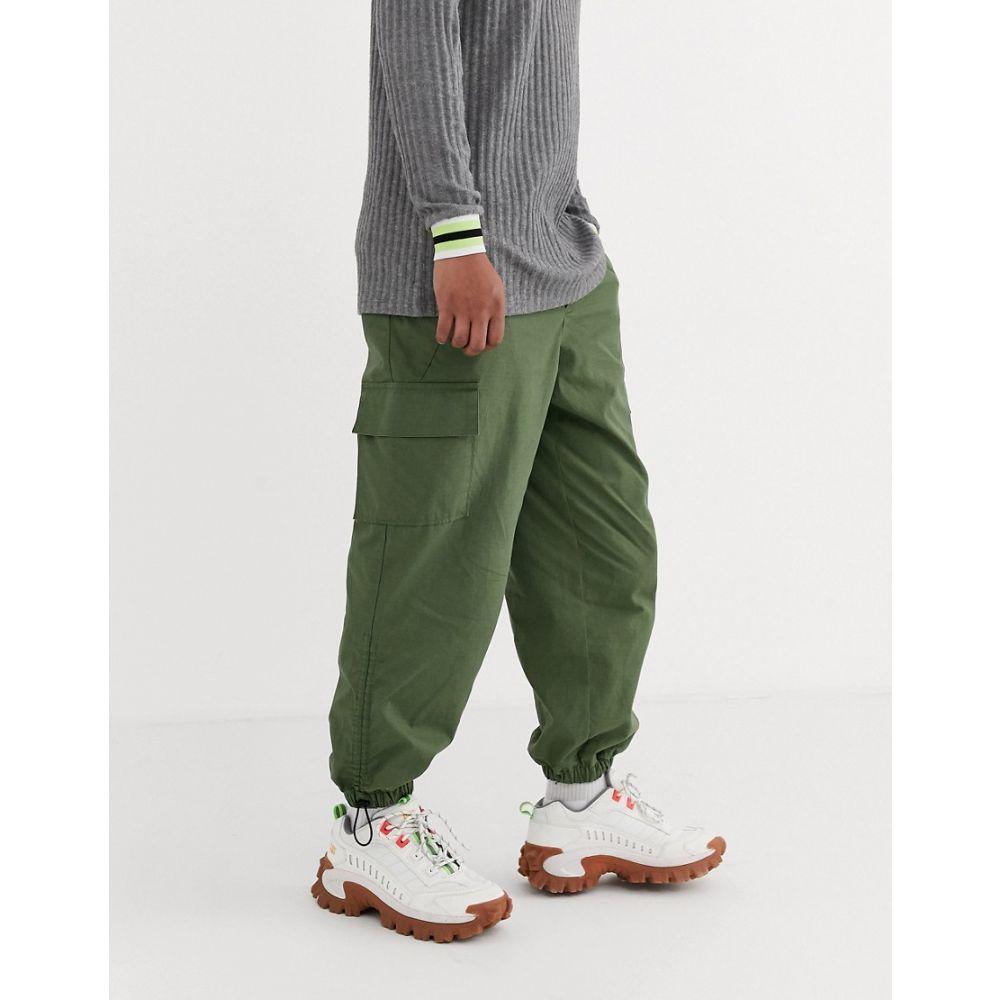 エイソス ASOS DESIGN メンズ カーゴパンツ ボトムス・パンツ【oversized tapered cargo trousers with toggle hem in khaki ripstop】Khaki