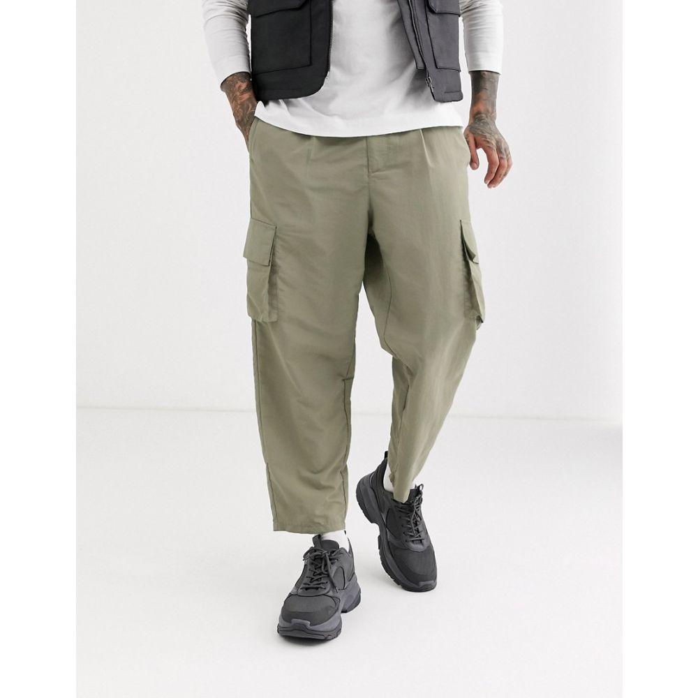 エイソス ASOS DESIGN メンズ カーゴパンツ ボトムス・パンツ【tapered cargo trousers in nylon】Beige