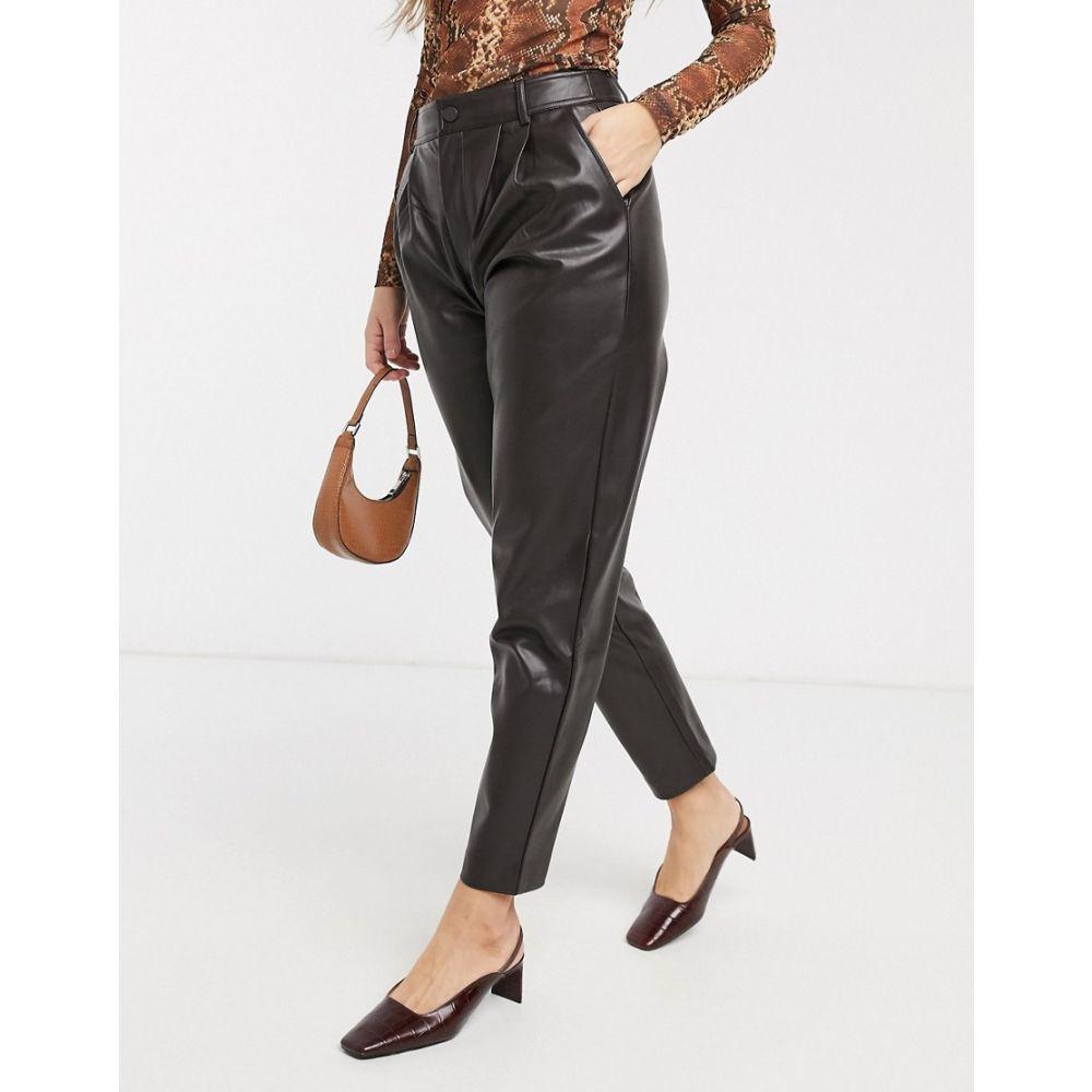 マンゴ Mango レディース ボトムス・パンツ 【faux leather trousers in chocolate】Brown