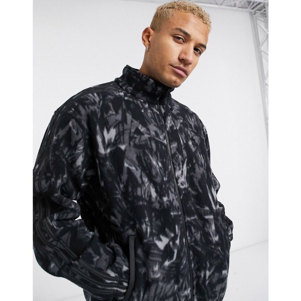 アディダス adidas Originals メンズ フリース トップス【fleece jacket with all over print and reflective details tech pack】Black