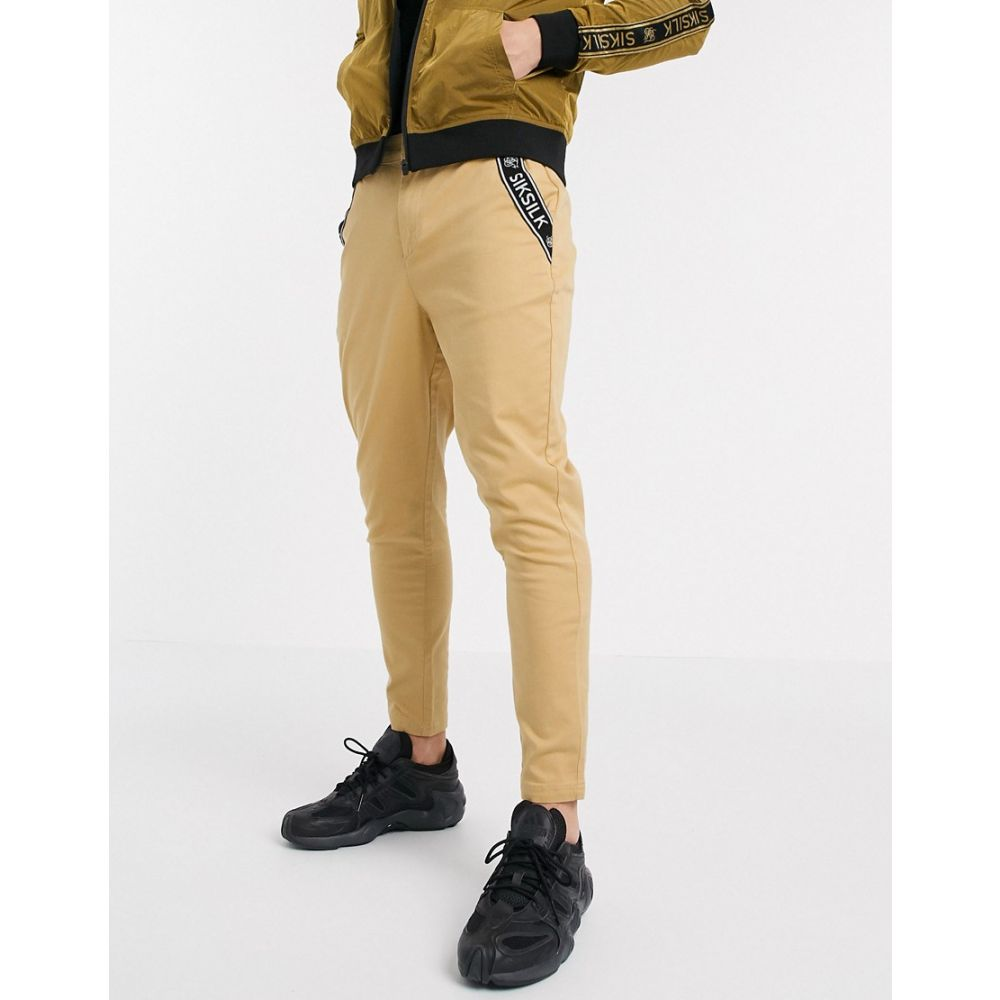 シックシルク SikSilk メンズ チノパン テーパードパンツ ボトムス・パンツ【tapered chino pants in tan】Tan