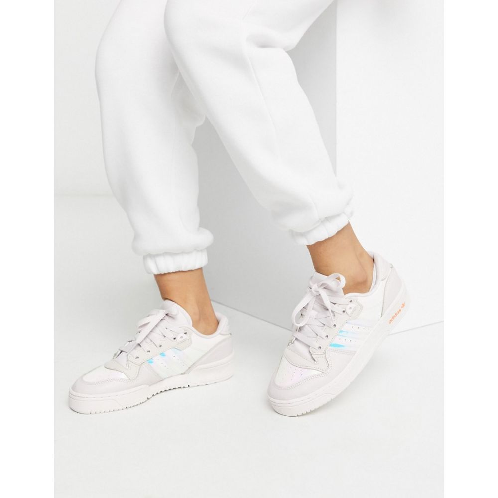アディダス adidas Originals レディース スニーカー シューズ・靴【Rivalry Low trainers in metallic】Grey