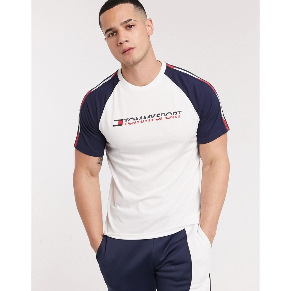 トミー ヒルフィガー Tommy Hilfiger メンズ Tシャツ トップス【Sport taped logo t-shirt】Pvh white