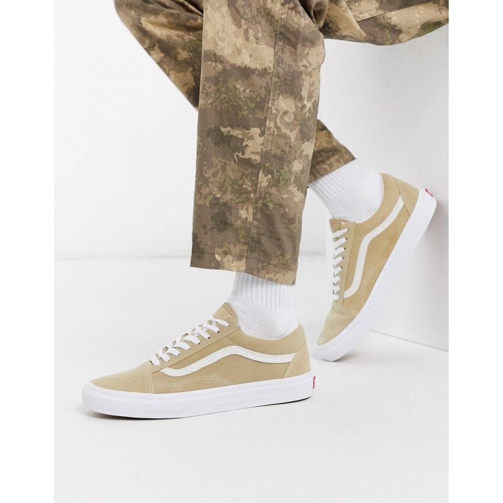 ヴァンズ Vans メンズ スニーカー シューズ・靴【Old Skool suede trainer in beige】Suede candied ging