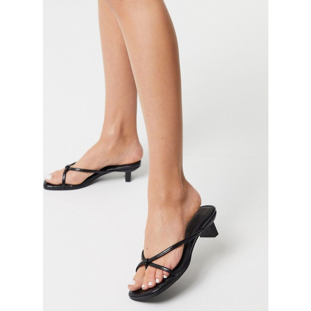 エイソス ASOS DESIGN レディース ビーチサンダル シューズ・靴【Hvar flip flop kitten mid-heeled sandals in black croc】Black croc