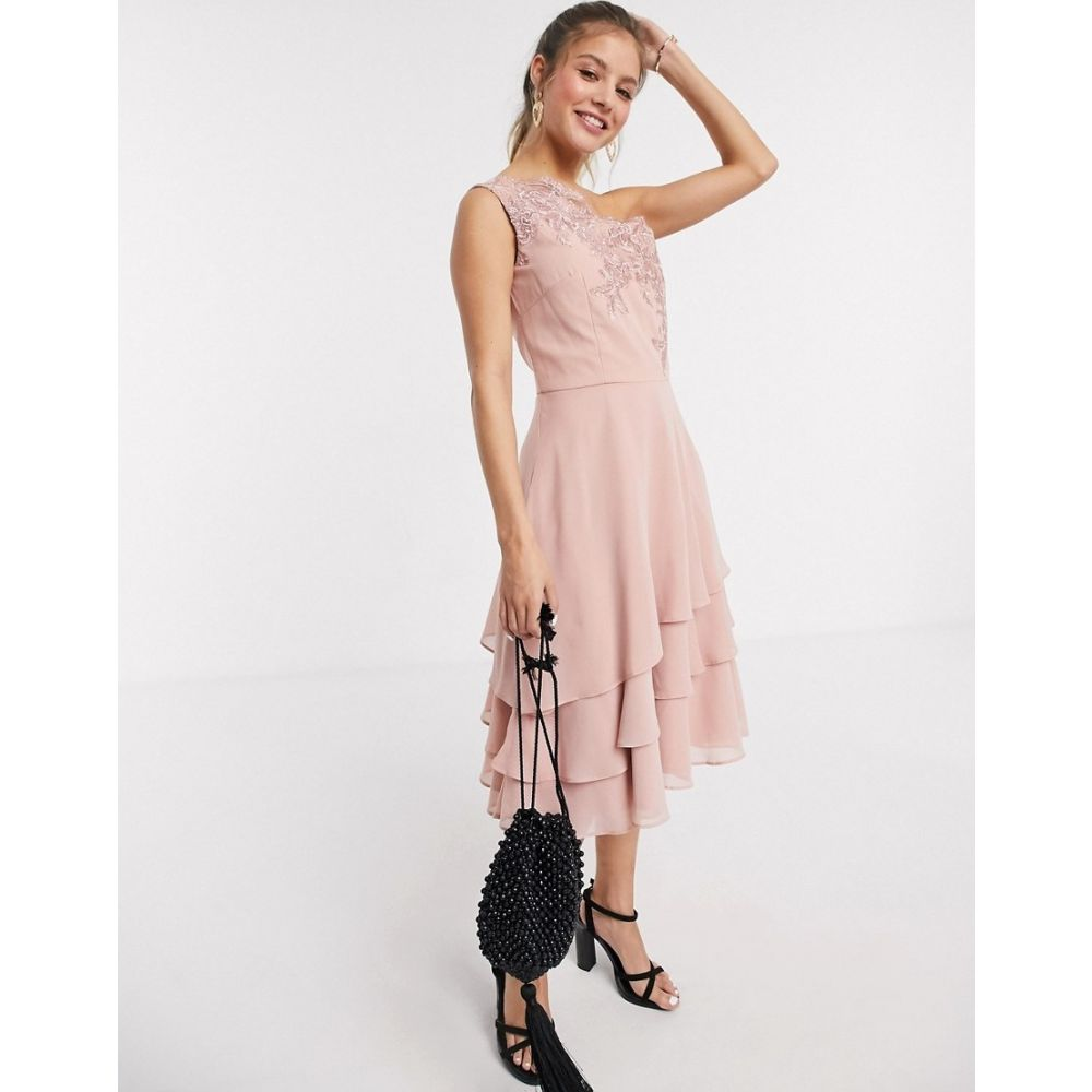 チチロンドン Chi Chi London レディース ワンピース ティアードドレス ワンピース・ドレス【Chi Chi Nour tiered onr shoulder midi dress with lace embroidery in rose gold】Rose gold