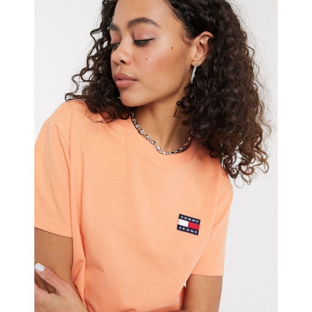 トミー ジーンズ Tommy Jeans レディース Tシャツ トップス【badge t-shirt in coral】Melon orange