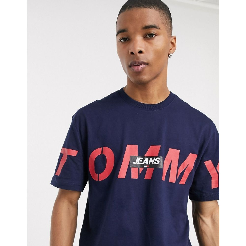 トミー ジーンズ Tommy Jeans メンズ Tシャツ トップス【bold cross front logo t-shirt relaxed fit in navy】Twilight navy