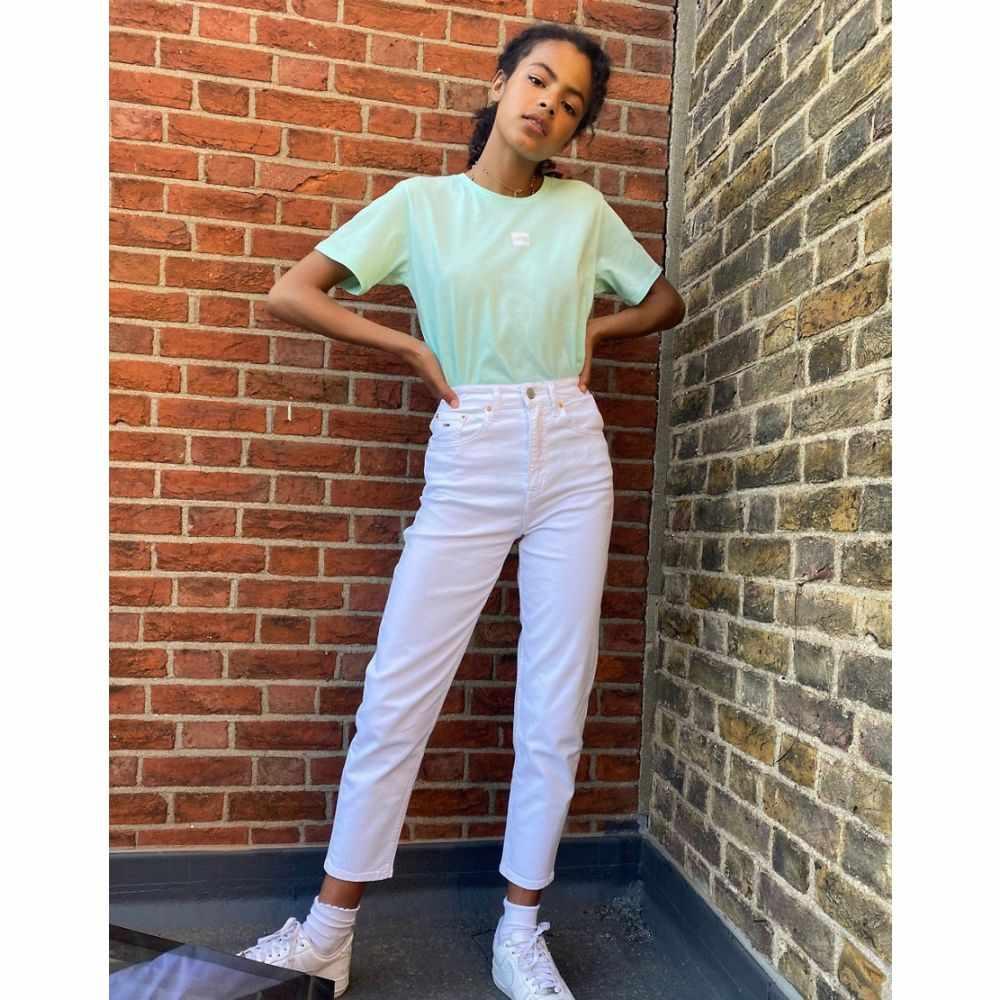 トミー ジーンズ Tommy Jeans レディース ジーンズ・デニム ボトムス・パンツ【Tapered Mom Jeans In White】Candle white