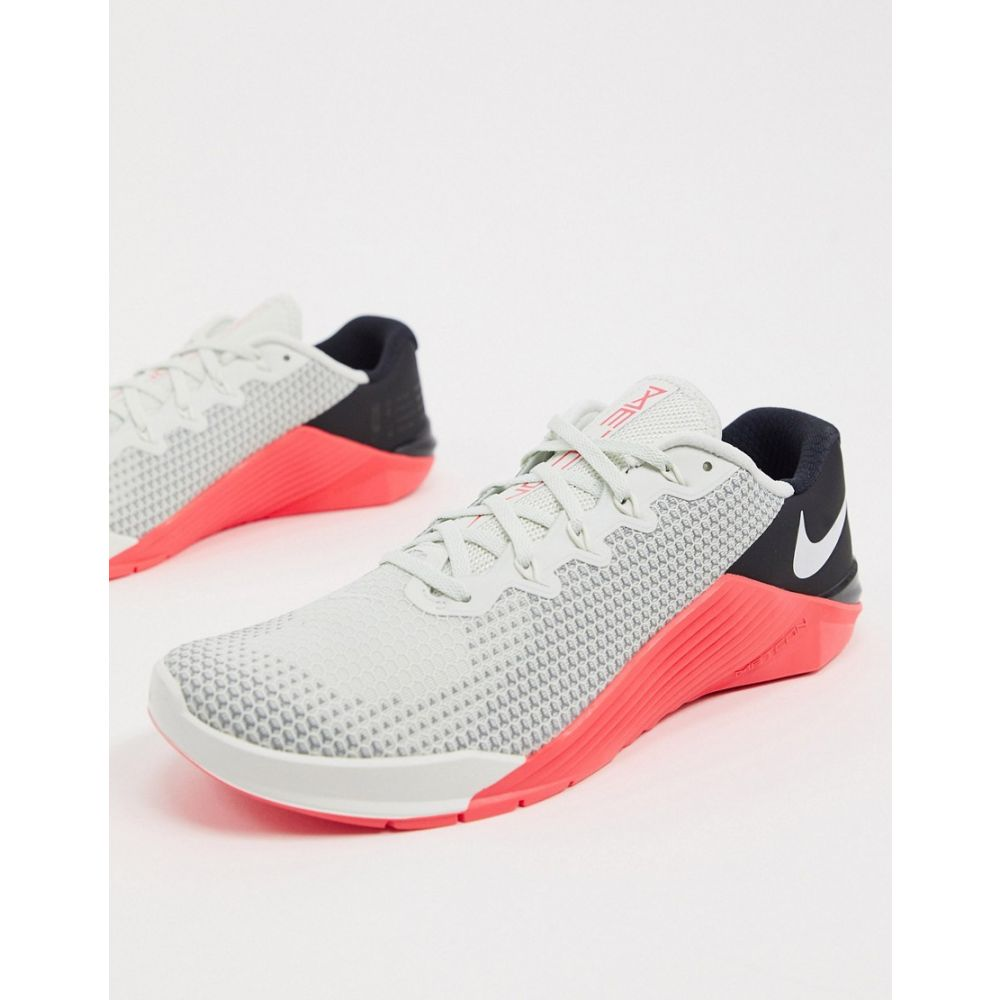 ナイキ Nike Training メンズ スニーカー シューズ・靴【Nike Metcon 5 trainers in white】White