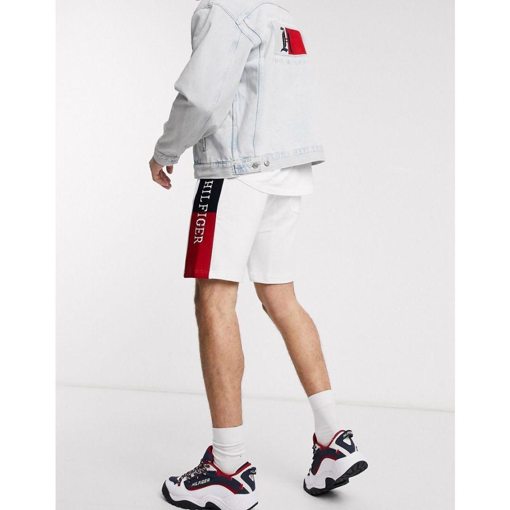 トミー ヒルフィガー Tommy Hilfiger メンズ ショートパンツ ボトムス・パンツ【intarsia flag logo side insert sweat shorts in white】White