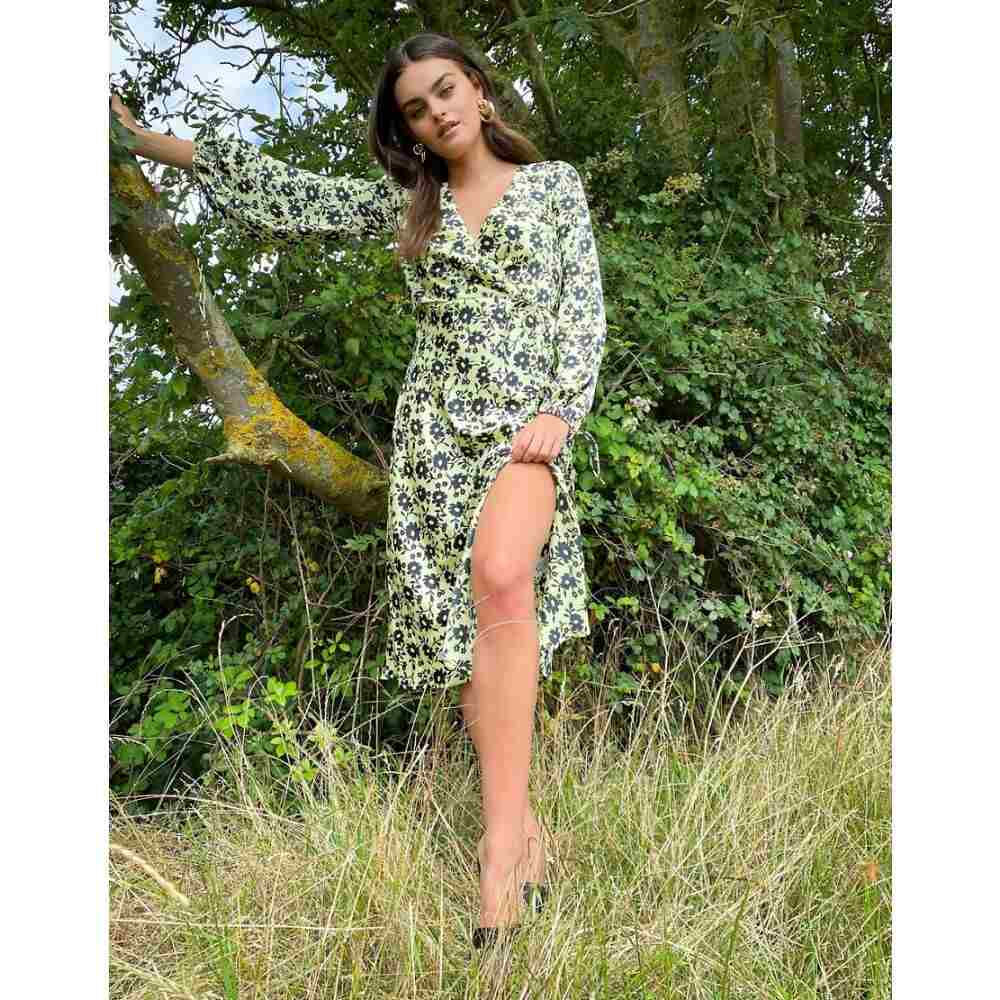 エイソス ASOS DESIGN レディース ワンピース ラップドレス ワンピース・ドレス【satin wrap front midi dress in floral print】Green based floral