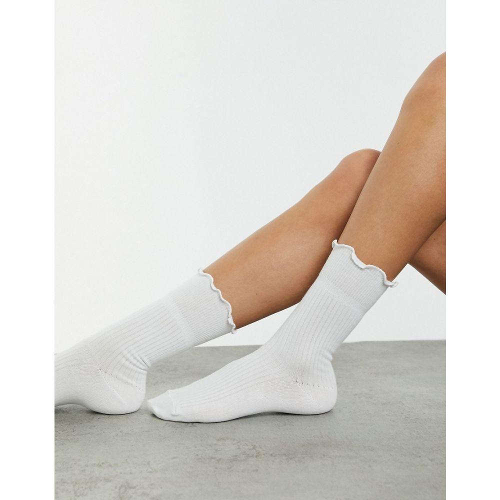 エイソス レディース インナー 下着 ソックス White サイズ交換無料 ASOS in socks length DESIGN calf white frill 直送商品 人気上昇中 top