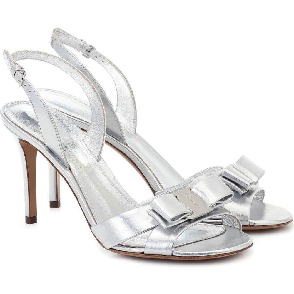 サルヴァトーレ フェラガモ Salvatore Ferragamo レディース サンダル・ミュール シューズ・靴【Vara metallic leather sandals】Silver