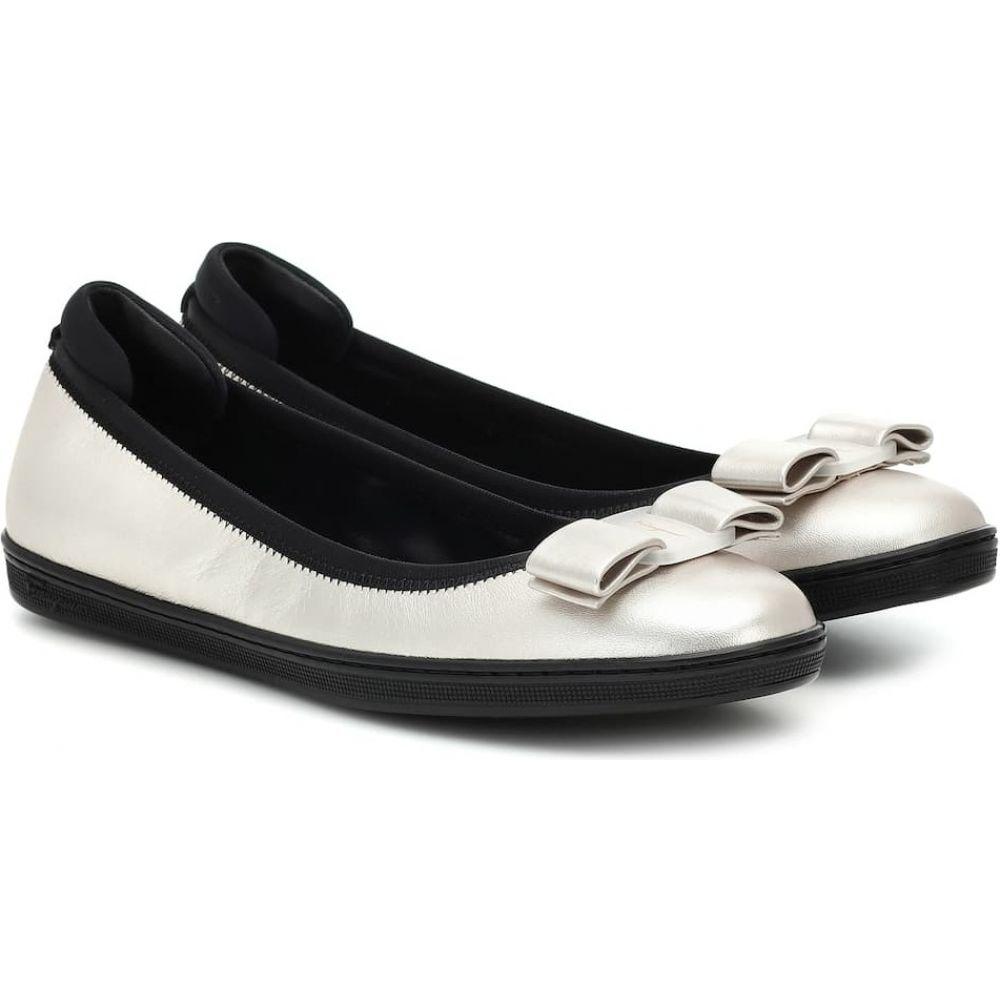 サルヴァトーレ フェラガモ Salvatore Ferragamo レディース スリッポン・フラット シューズ・靴【Savina metallic leather ballet flats】Silver