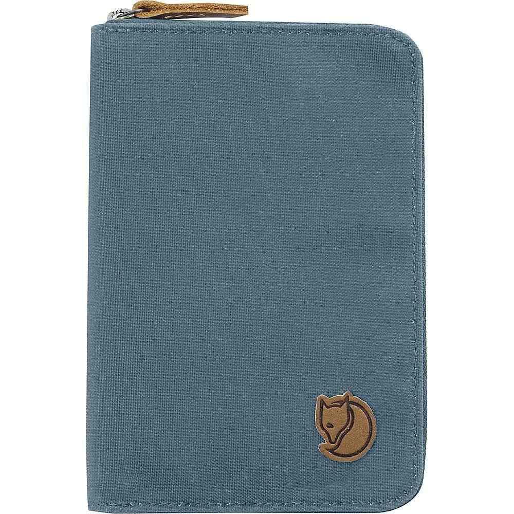 フェールラーベン Fjallraven メンズ パスポートケース【Passport Wallet】Dusk