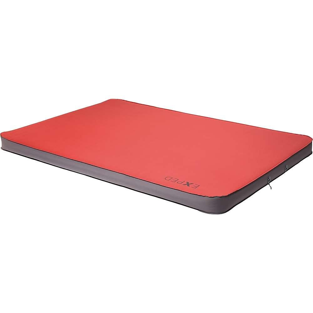 エクスペド ユニセックス ハイキング・登山【MegaMat Duo 10 Sleeping Pad】Ruby Red