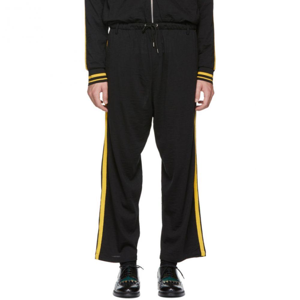 アレキサンダー マックイーン メンズ ボトムス・パンツ スウェット・ジャージ【Black & Yellow Side Stripe Lounge Pants】