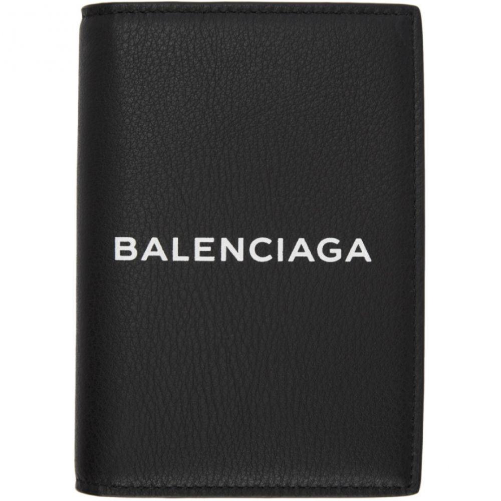バレンシアガ メンズ パスポートケース【Black Logo Everyday Passport Holder】