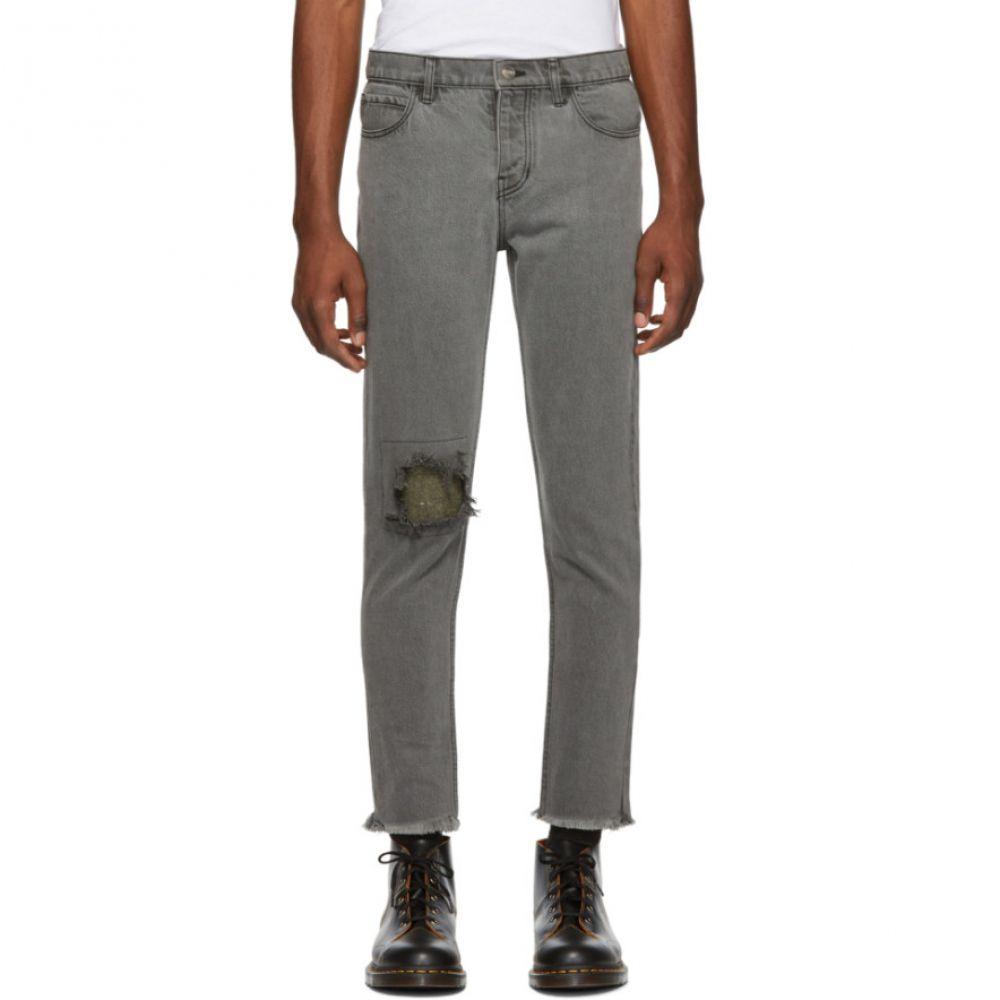 アンファン リッシュ デプリメ Enfants Riches Deprimes メンズ ボトムス・パンツ ジーンズ・デニム【Grey Destroyed Jeans】