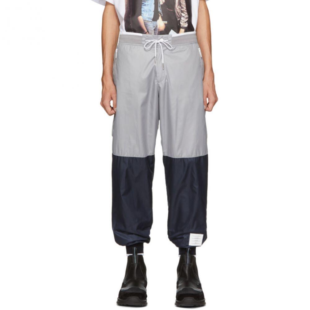 トム ブラウン Thom Browne メンズ ボトムス・パンツ スウェット・ジャージ【Grey & Navy Ripstop Sweatpants】