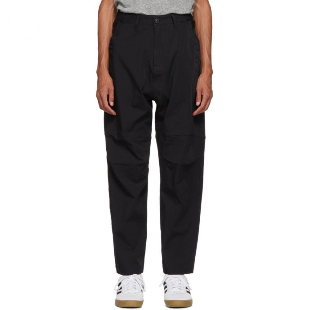 ストーンアイランド Stone Island メンズ ボトムス・パンツ【Black Panelled Trousers】