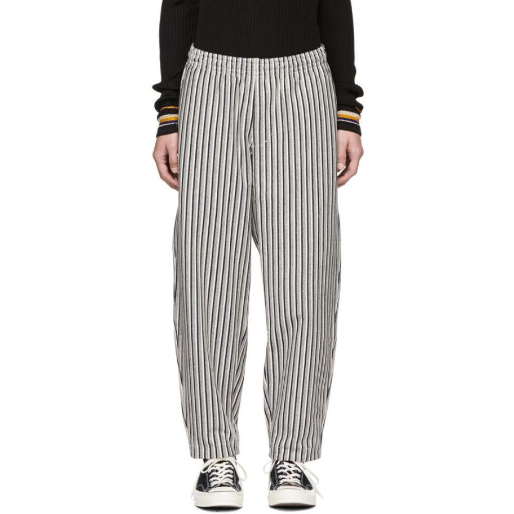 ナナミカ Nanamica メンズ ボトムス・パンツ【Grey Vertical Stripe Trousers】
