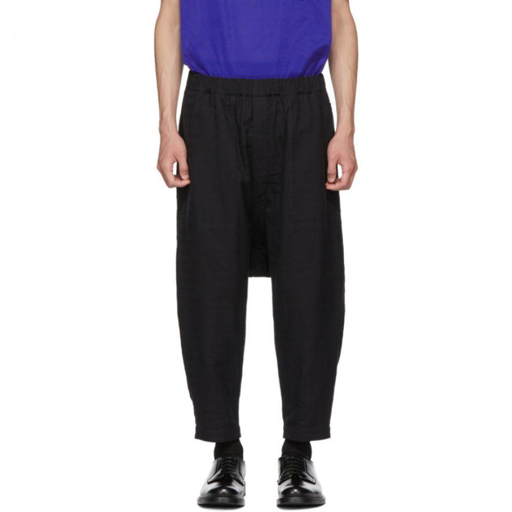 イッセイ ミヤケ Issey Miyake Men メンズ ボトムス・パンツ【Reversible Black Stitch DFC Trousers】