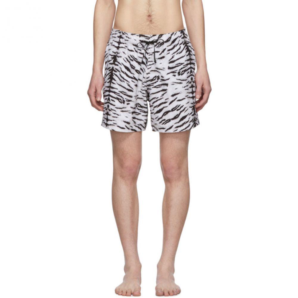 アミリ Amiri メンズ 水着・ビーチウェア 海パン【Black & White Tiger Swim Shorts】