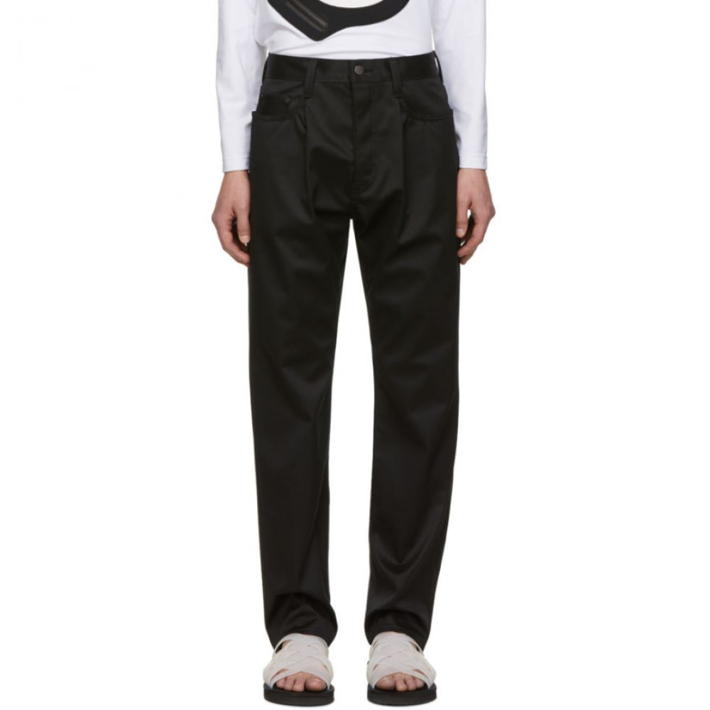 フミト ガンリュウ Fumito Ganryu メンズ ボトムス・パンツ【Black Water-Resistant Tapered Trousers】