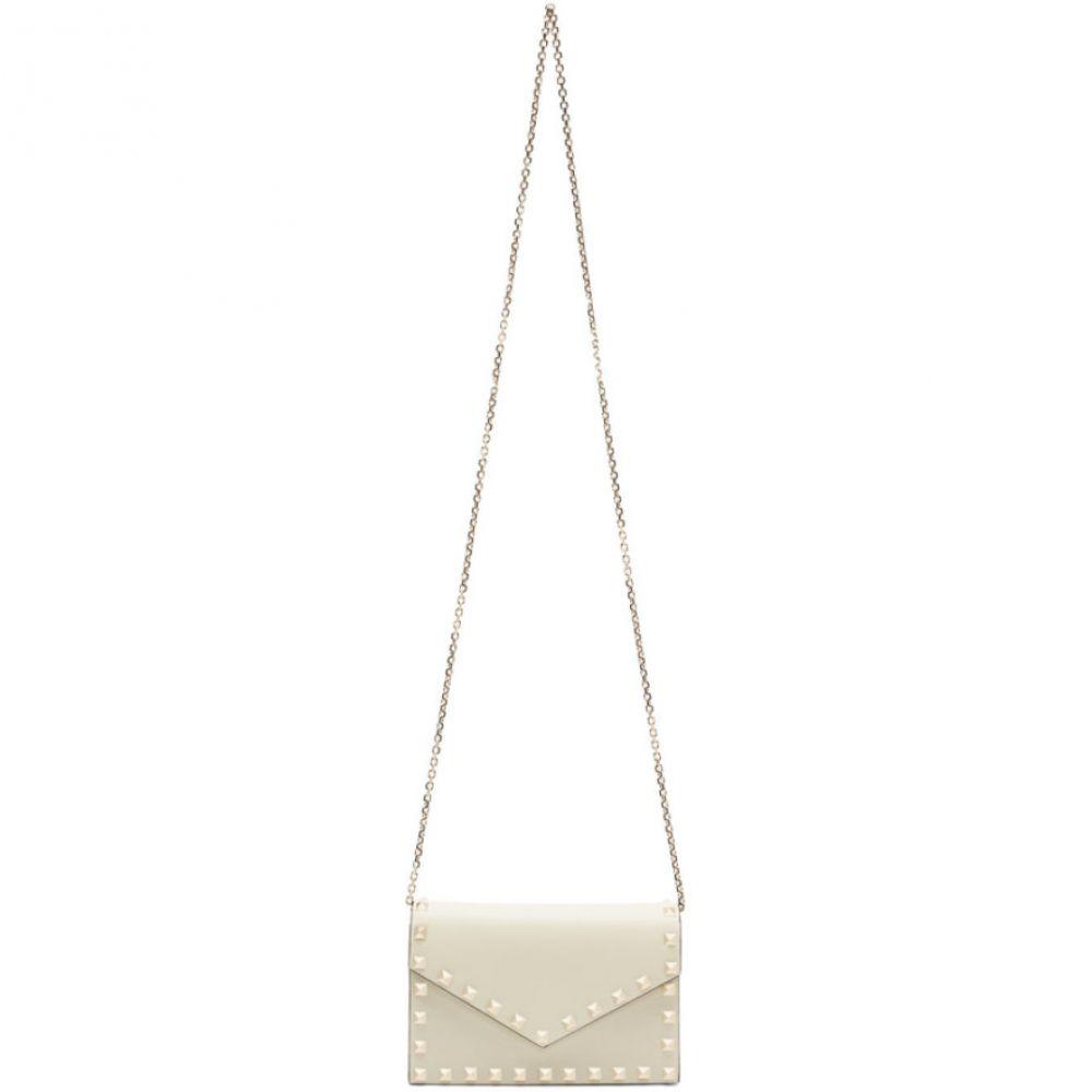 ヴァレンティノ Valentino レディース ショルダーバッグ バッグ【Off-White Garavani Rockstud Envelope Shoulder Bag】Ivory